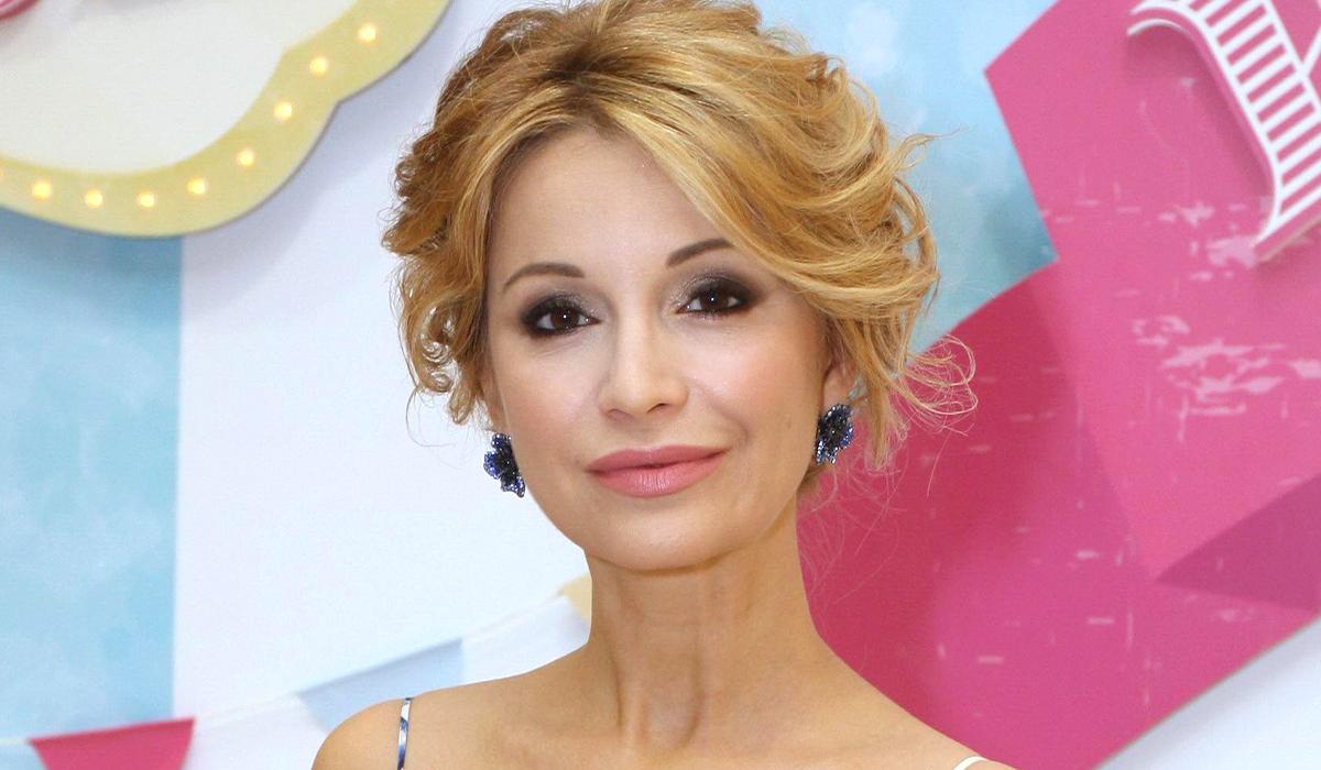 «Моя красотка»: 43-летняя Ольга Орлова показала редкое фото с красавицей-мамой