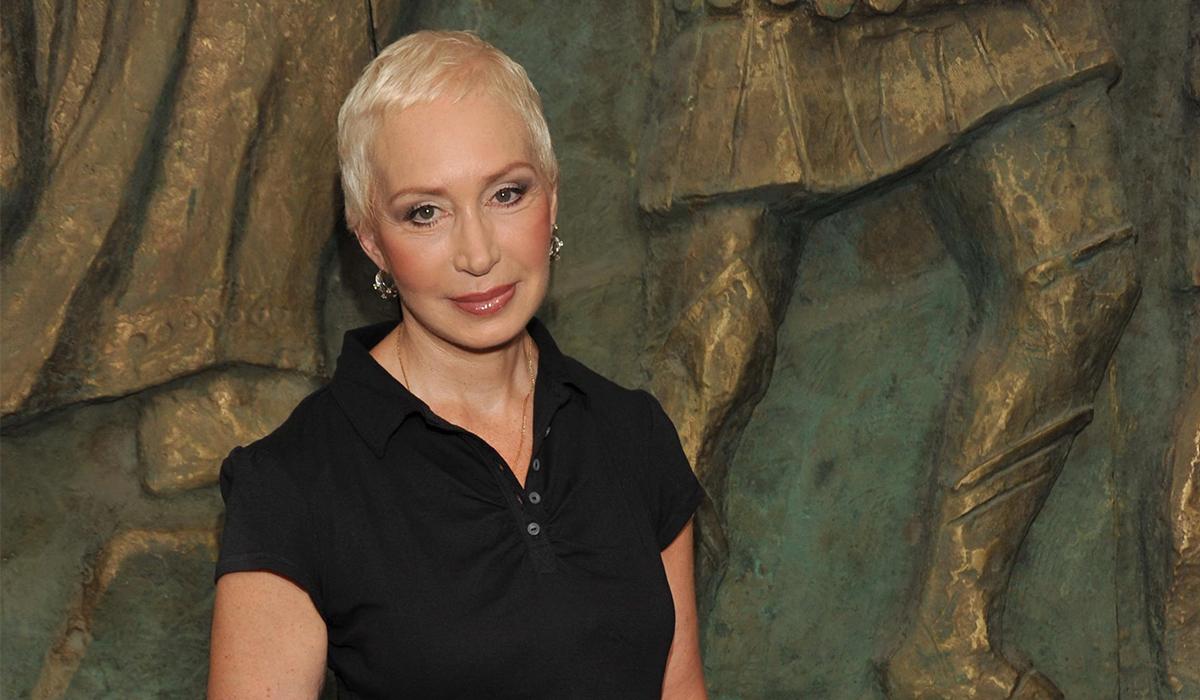 «Я надеюсь, что Бог сжалился над нами»: Татьяна Васильева рассказала о финансовом положении актеров театра