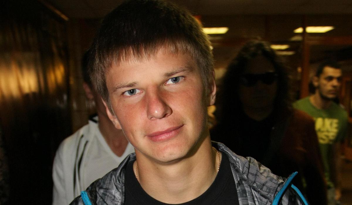 Мать Аршавина через суд требует 2 миллиона от его тяжелобольной бывшей жены