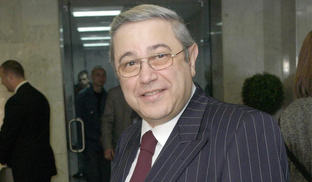 «Затягивает процесс»: адвокат Петросяна уличил Степаненко в подлости
