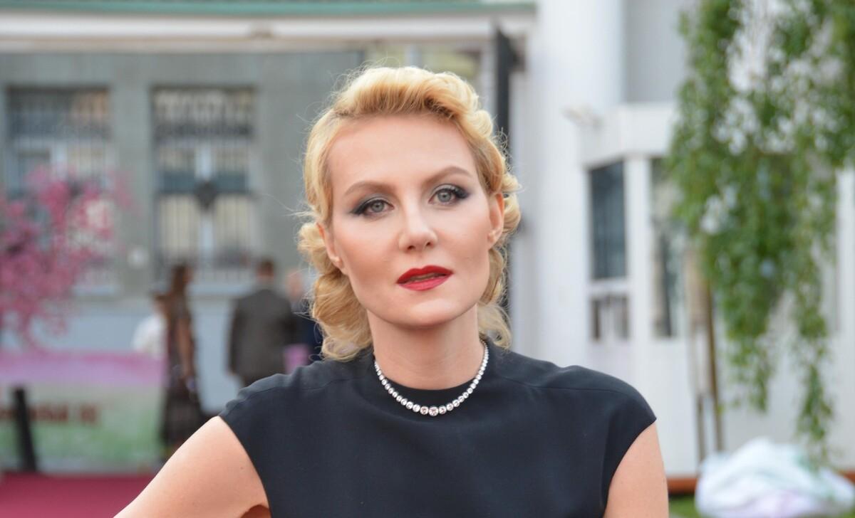 Рената Литвинова жалеет, что не снялась в «Грузе 200» Алексея Балабанова