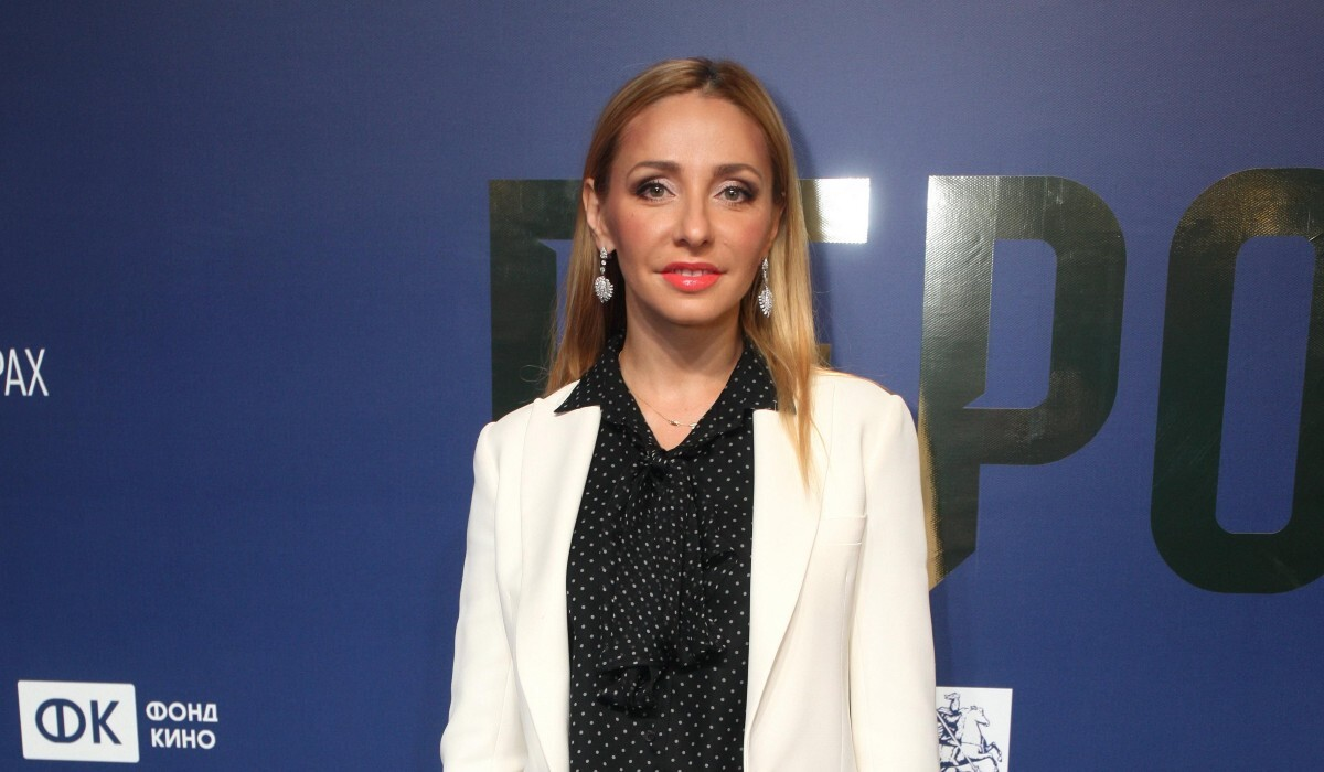 «Копия Пескова»: дочь Татьяны Навки умилила фанатов артистичным обращением к отцу