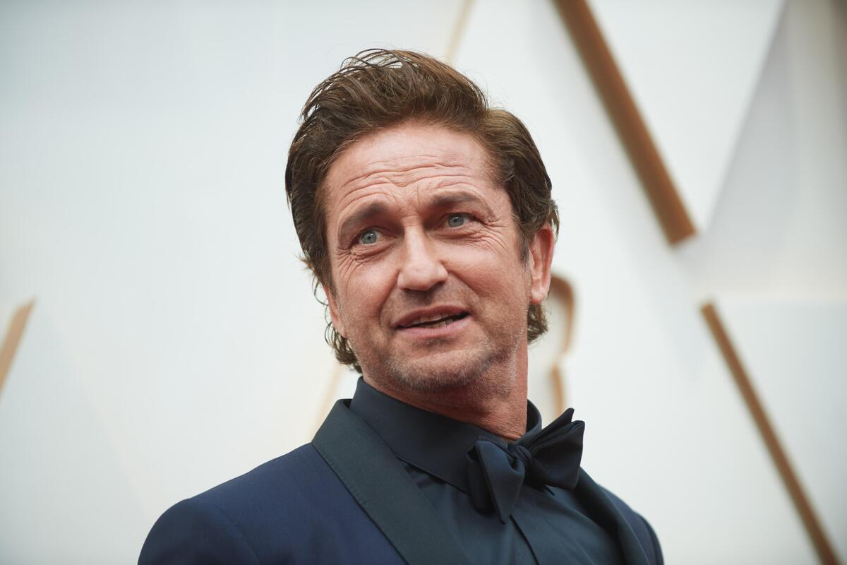 Студия Lionsgate прекратила работу над триллером с Джерардом Батлером из-за страховки по COVID-19