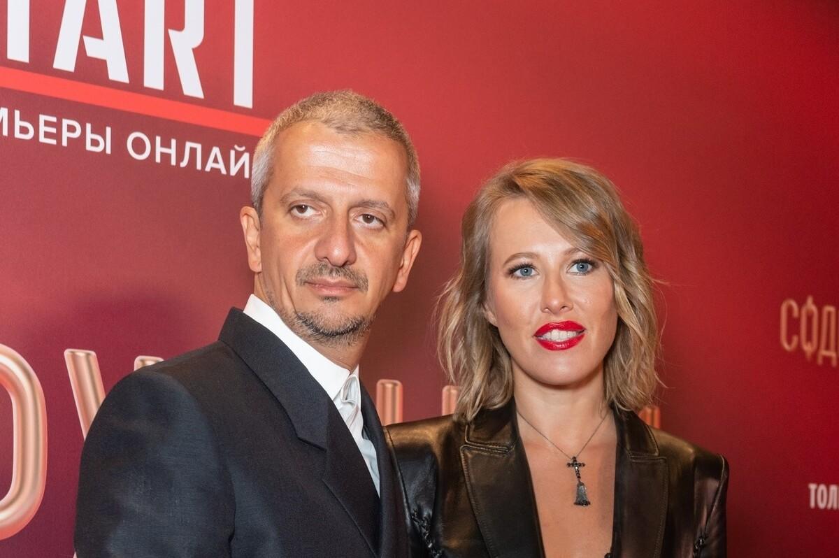 «Он со мной из-за денег?»: Собчак узнала мнение психолога о браке с Богомоловым