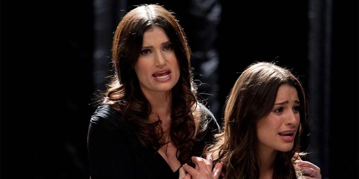 Идина Мензел считает, что в «Хоре» ей нужно было играть сестру Рэйчел, а не ее мать