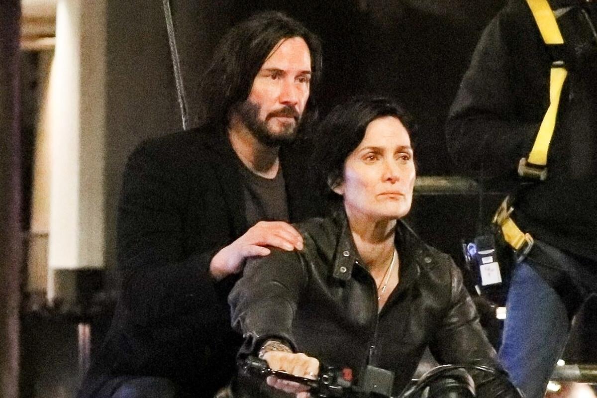Киану Ривз и Кэри-Энн Мосс рассказали, почему согласились вернуться в «Матрицу 4»