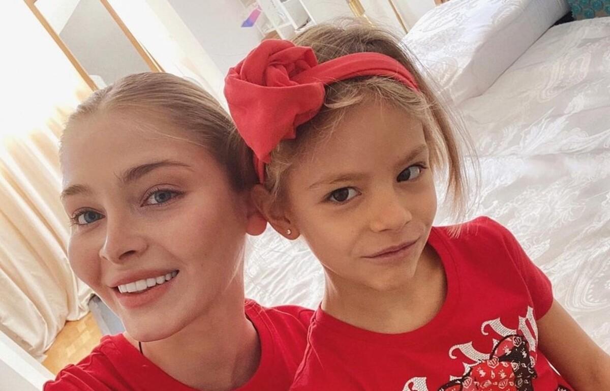«Я бы не смогла быть строгой»: Шишкова ответила, почему «отдала» дочь свекрови