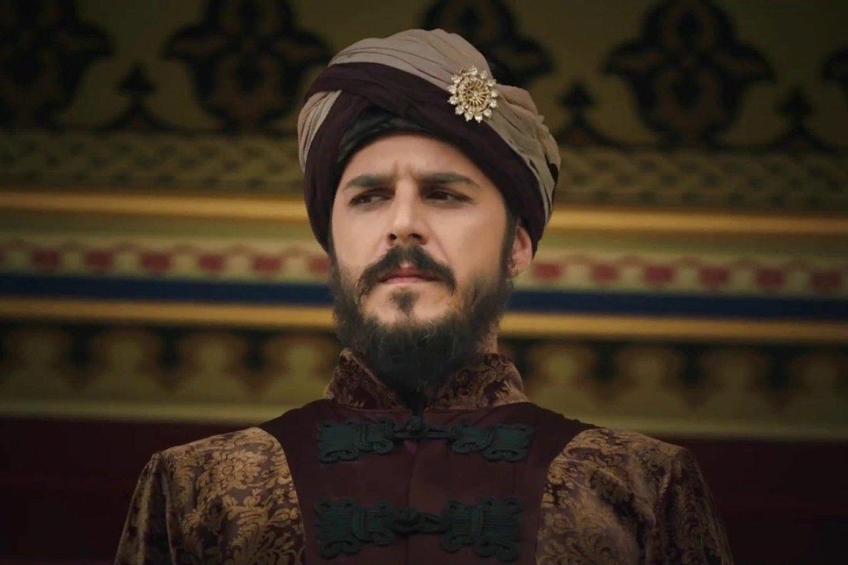 В какой серии «Великолепного века» умрет Мустафа?