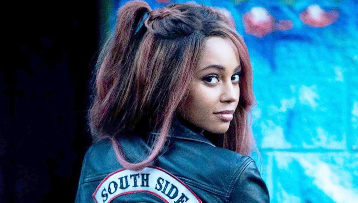 Ванесса Морган раскритиковала создателей «Ривердейла» за второстепенные роли для темнокожих актеров