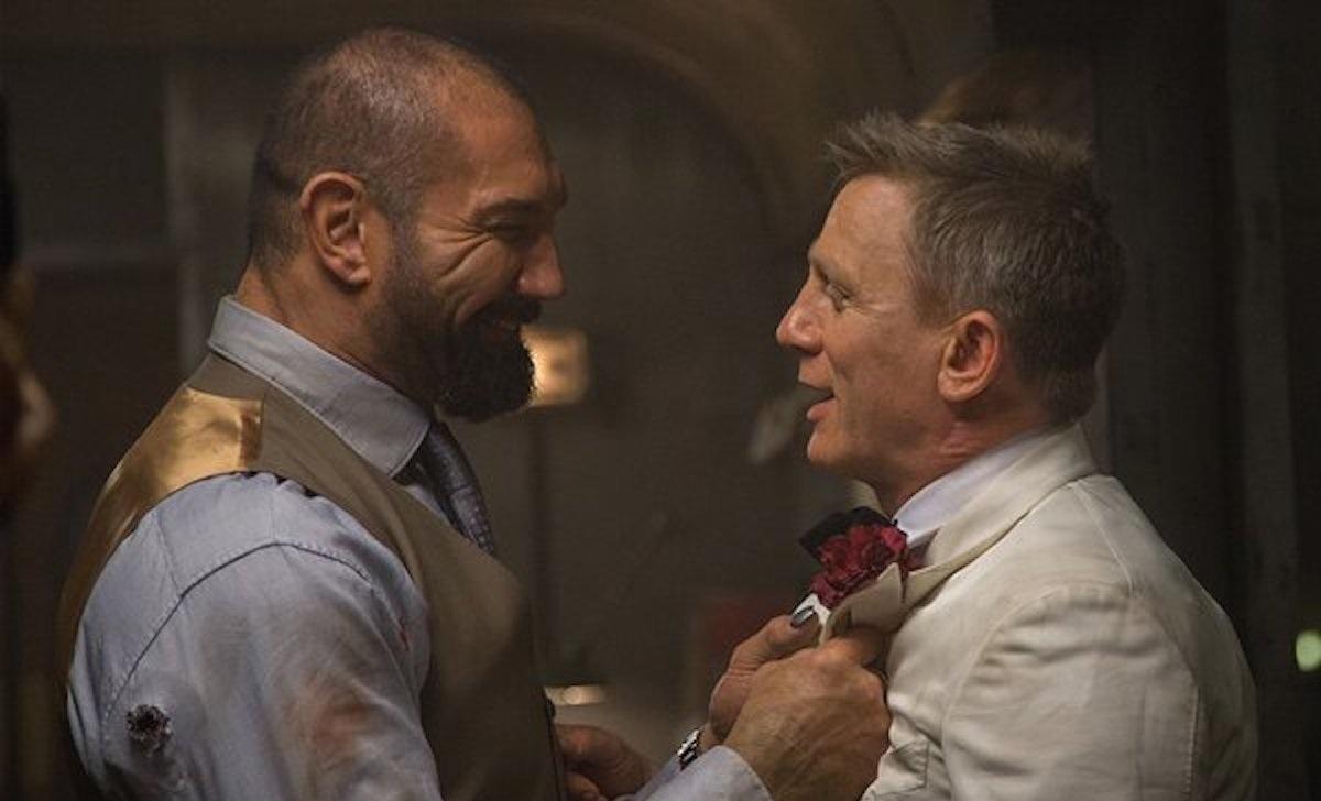 Дэйв Батиста уточнил, что на самом деле произошло после того, как Дэниэл Крэйг сломал ему нос на съемках «007: Спектр»