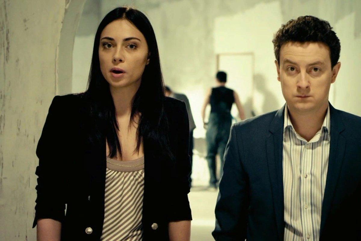 В какой серии Сериала «Универ» ТНТ Антон изменил Кристине?