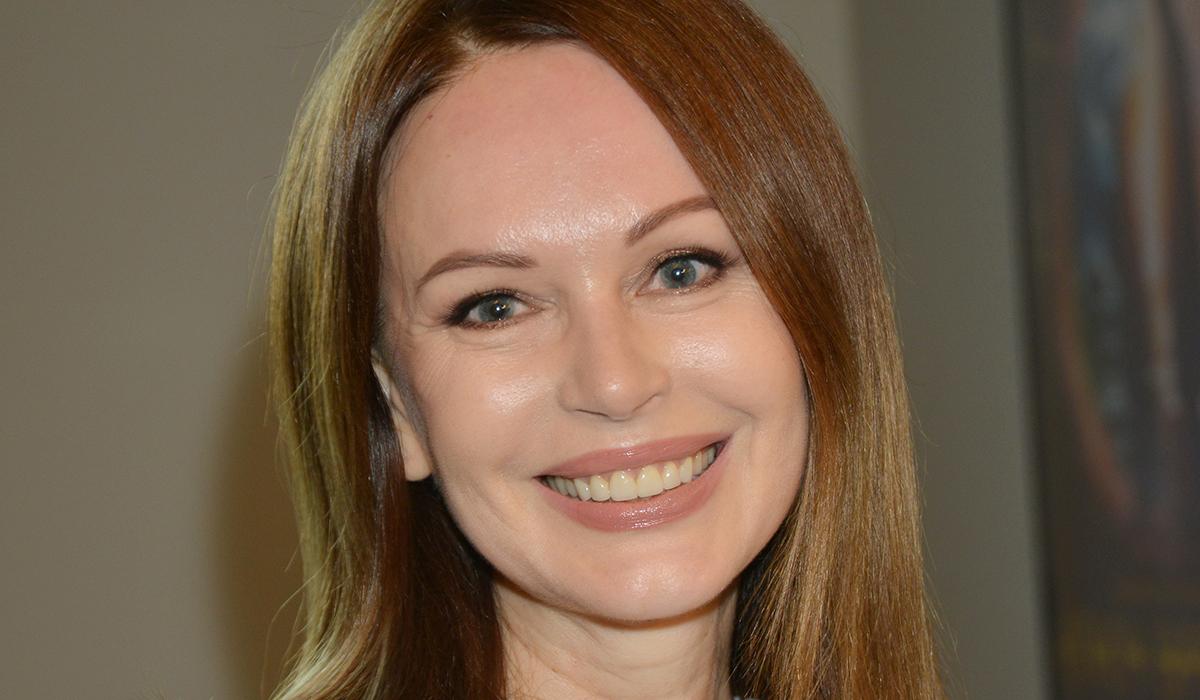 «У меня не получалось плакать»: Ирина Безрукова рассказала о тяжелой жизни после смерти матери
