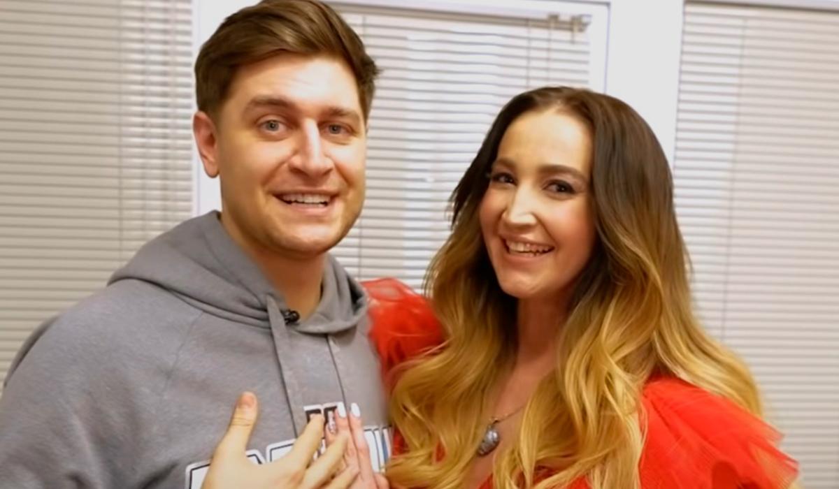 Бросившая Даву Ольга Бузова намекнула на беременность после похода к гинекологу
