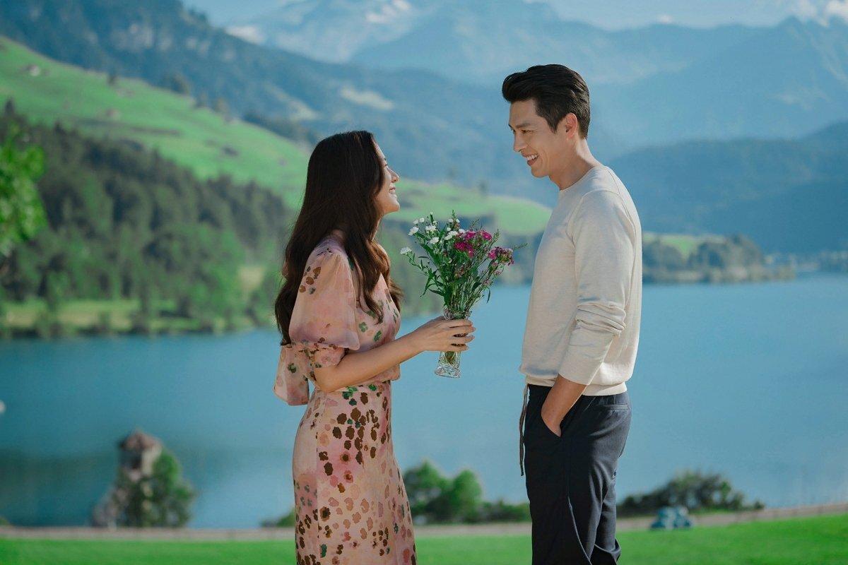 Сколько серий и сезонов в дораме «Аварийная посадка любви»?