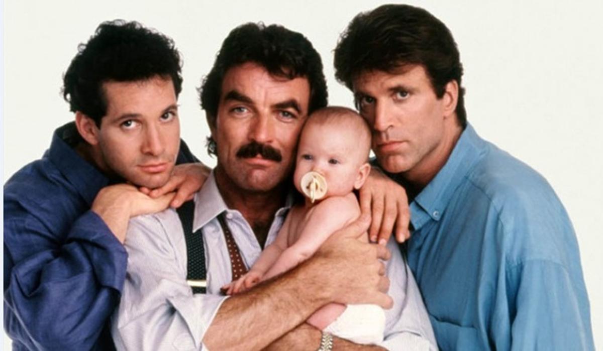 Disney+ снимет ремейк комедии «Трое мужчин и младенец» с Заком Эфроном