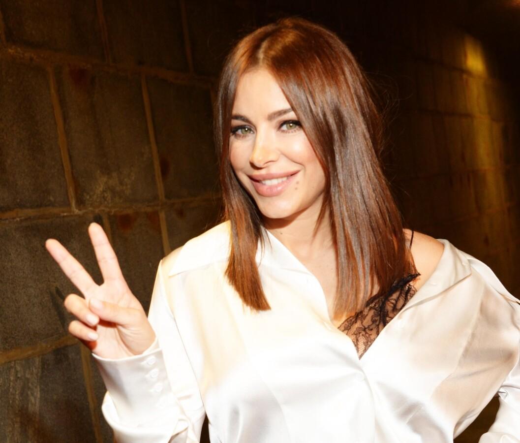 «Шикарная Багира»: 42-летняя Ани Лорак снялась в провокационном наряде
