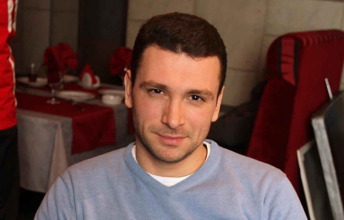 «Девушки это часто делают»: Антон Хабаров показал последствия «киношного» ранения