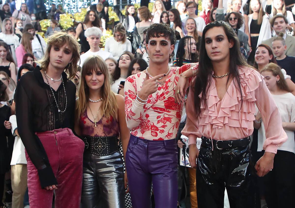 Участники группы Maneskin удивили поклонников откровенной фотосессией