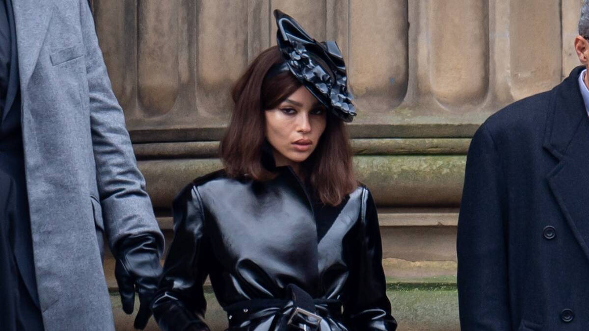 На новом промоарте «Бэтмена» показали Женщину-кошку в исполнении Зои Кравиц
