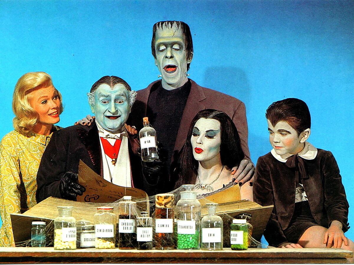 Роб Зомби советуется с фанатами, каких персонажей стоит включить в перезапуск «Семейки монстров»