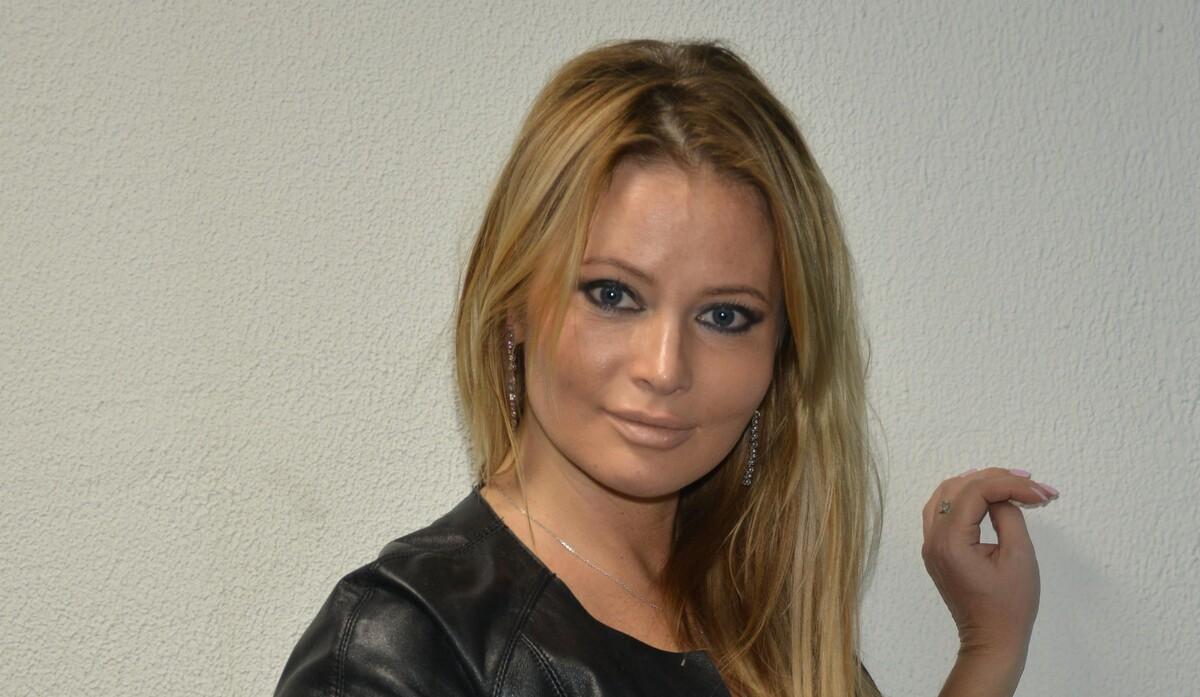 «Очень страшно»: маму Даны Борисовой госпитализировали с коронавирусом