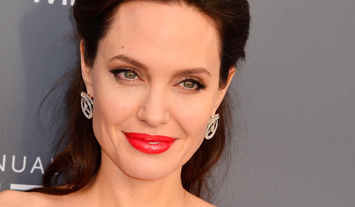 Анджелина Джоли обеднела из-за развода с Брэдом Питтом