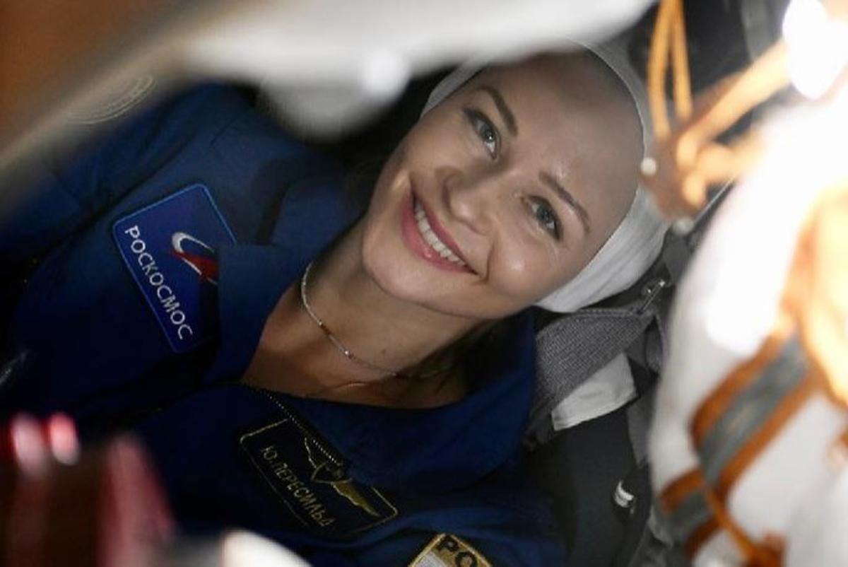 «Главное — не заплакать»: дочери Юлии Пересильд проводили маму в космос