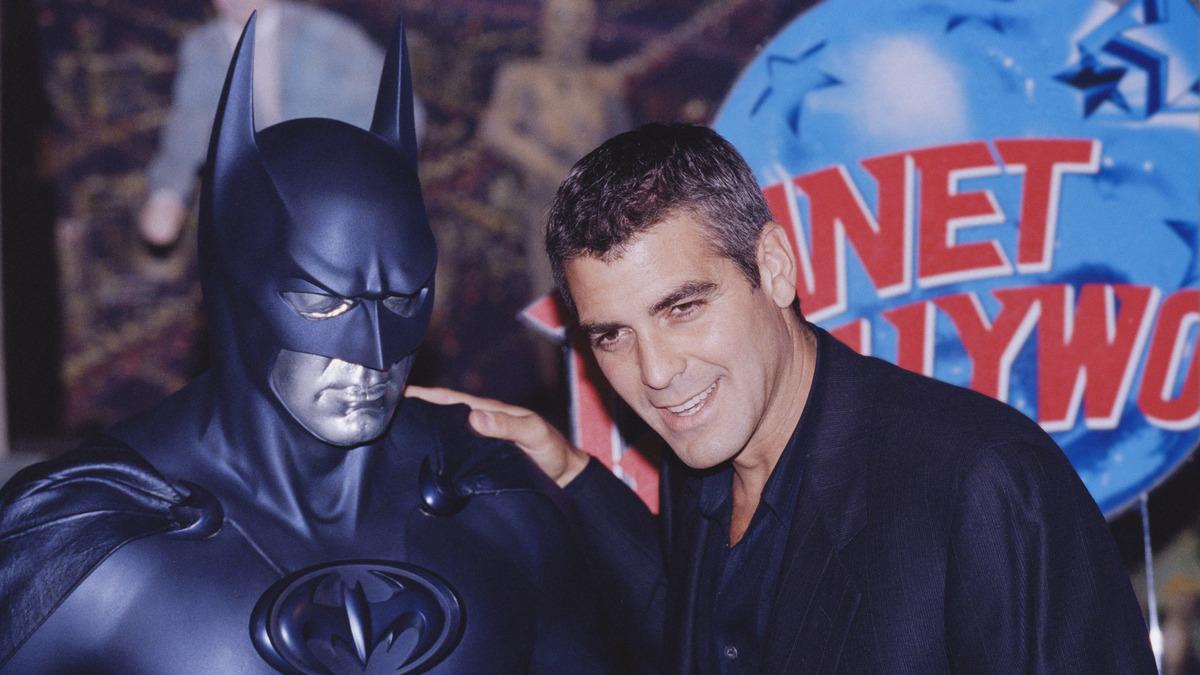 Джордж Клуни сообщил, что его не звали сниматься в полнометражном «Флэше»
