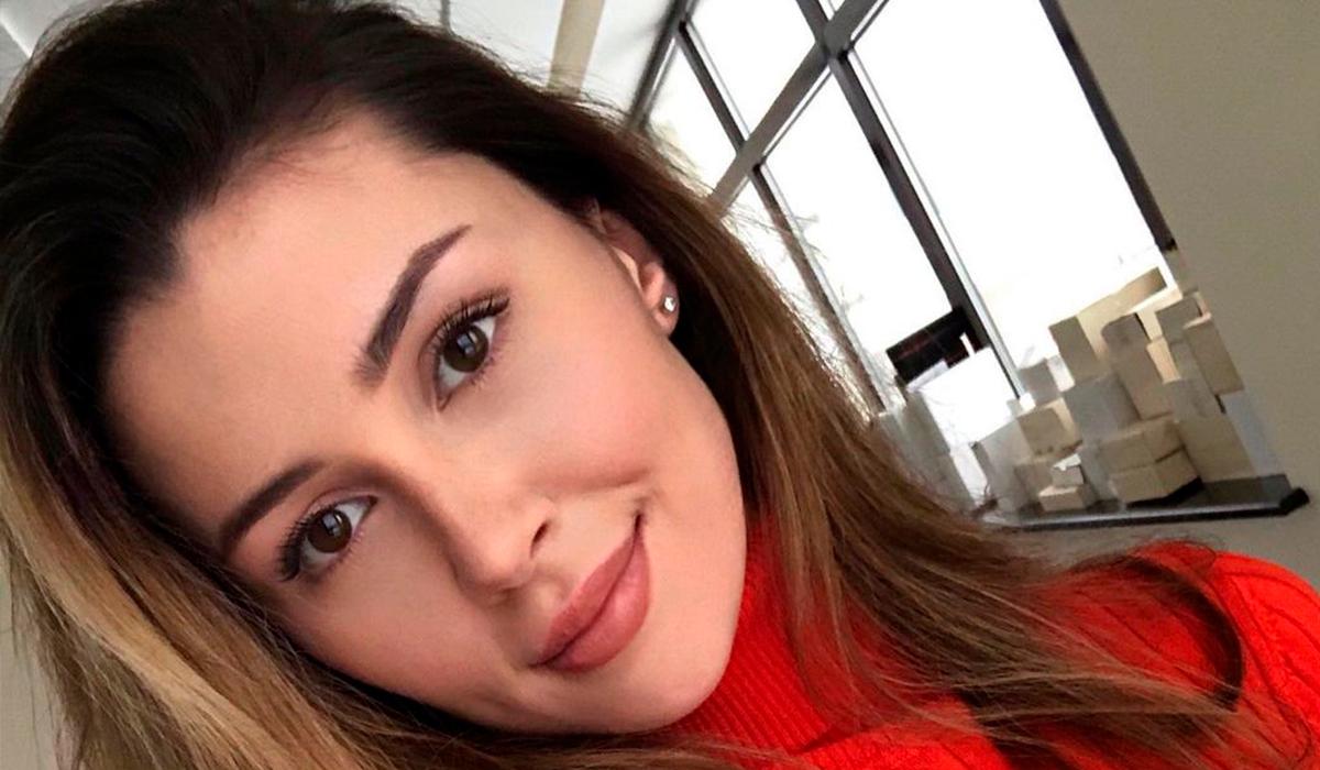 «С мамой одно лицо»: Анна Заворотнюк в образе «русской Лары Крофт» очаровала поклонников