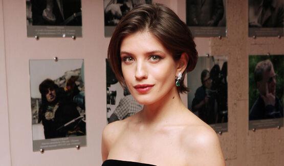 «У молодой актрисы появился шанс прославиться»: Анну Чиповскую заменят в спектакле из-за болезни