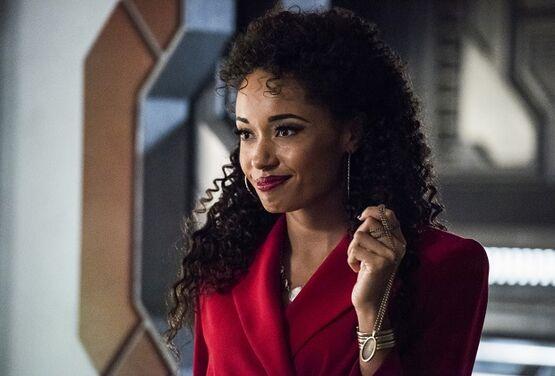 Оливия Сванн вернется к регулярной роли в 6 сезоне «Легенд завтрашнего дня»