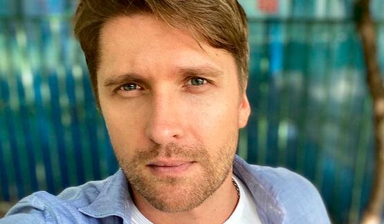 «Любимый актер в клипе любимого певца!»: Дмитрий Пчела восхитил сеть съемками у Баскова